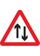Two Way Traffic - Class RA1 - 600mm Triangle